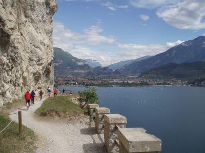 KVĚTNOVÁ Lago di Garda 5.-11.5.2015