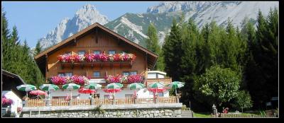 Pension/Gasthaus Edelbrunn v Ramsau