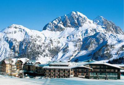 Nassfeld-slunce-lyžování-4* hotel