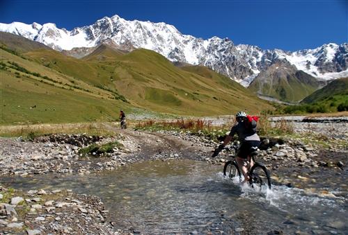 Svanetie - perla Kavkazu na kole