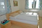 prev_1486046217_bedroom_app1_h_andexer.jpg