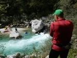 Fotíme kanoisty na řece Soča.