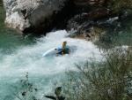 kanoe v řece Soča