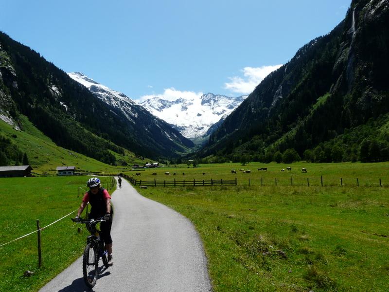 Udolimi Zillertalských Alp/