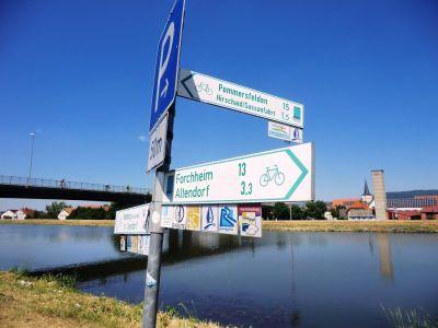 Chcete být v německém Bavorsku a přitom poznat Řím a Benátky? Pak se s námi vydejte na pohodový cykloturistický zájezd: