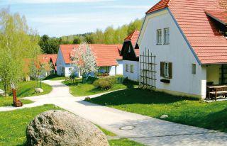 HOTELDORF KÖNIGSLEITN (Litschau)