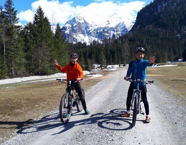Cyklostezkami podél alpských řek a jezer