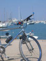 Ostrovy Dalmácie lodí, na kole i relaxační